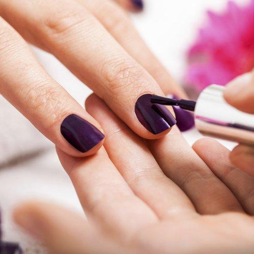malowanie-paznokci